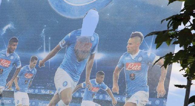 Dimaro, addio ai cartelloni: dopo il caso-Higuain, De Laurentiis ha avuto un'idea nuova