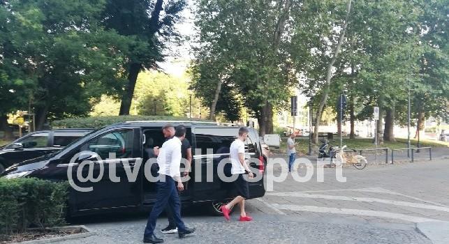 Sportitalia - Jorginho lascia l'albergo di Milano, volerà a Londra per legarsi al Chelsea