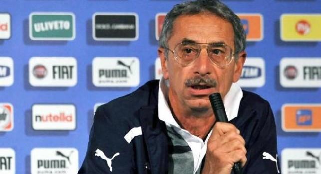 Dott. Castellacci: Non so se Insigne potrà farcela per il Barcellona, ma eviterei di fargli infiltrazioni