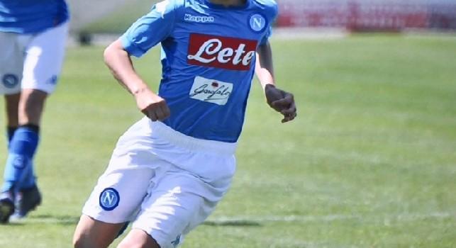 Gianluca Vigliotti, classe 2005, in azione con la maglia del Napoli