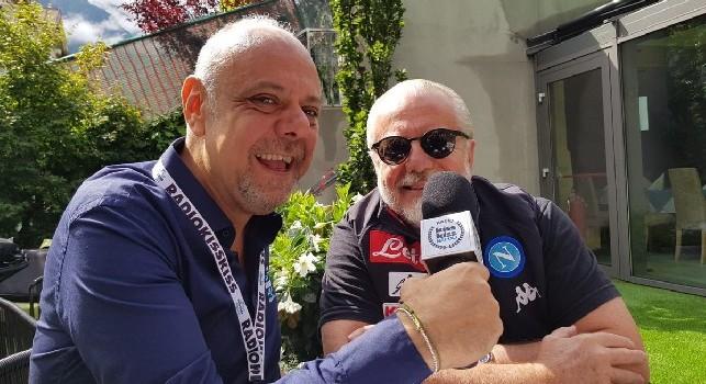 De Laurentiis: Cavani non lo prenderò! Mariano Diaz non so chi sia, Arias mi piace assieme ad altri cinque. Milik può fare trenta gol, Baronio allenerà la Primavera [VIDEO]
