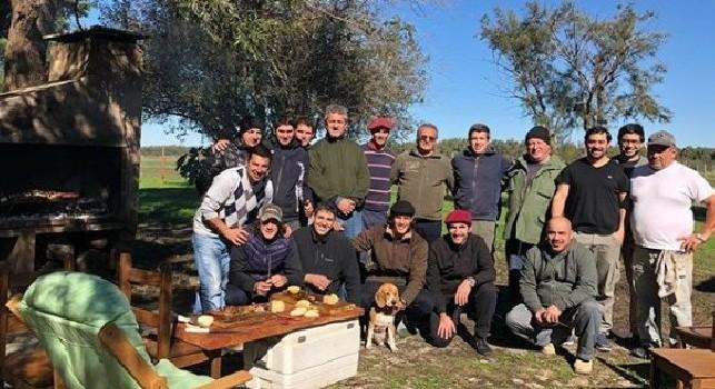 Cavani si gode le vacanze in Uruguay: Una bellissima giornata in campagna [FOTO]
