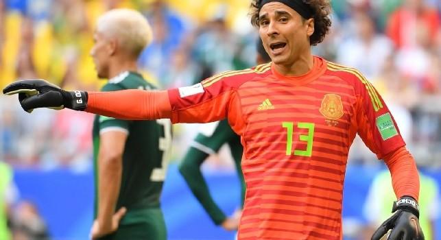 De Laurentiis: Ochoa? Non lo prendo più in considerazione perchè è un extracomunitario e Malago non vuole cambiare il calcio italiano