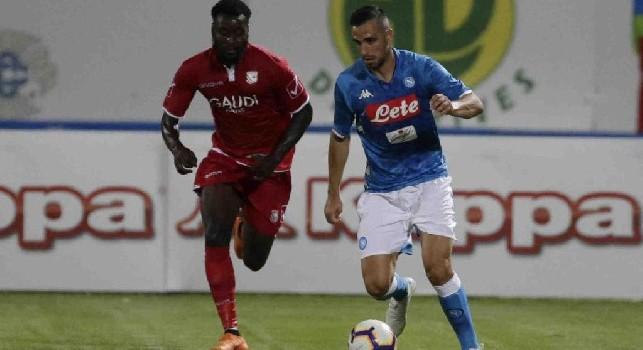 Nikola Maksimovic in azione con la maglia del Napoli