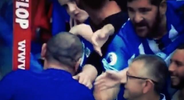 Sarri incanta tutti: perfino i tifosi avversari si congratulano con lui [VIDEO]