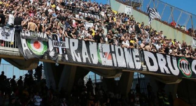 La Juve vince contro il Sassuolo, ma allo Stadium cantano Noi non siamo napoletani [VIDEO]
