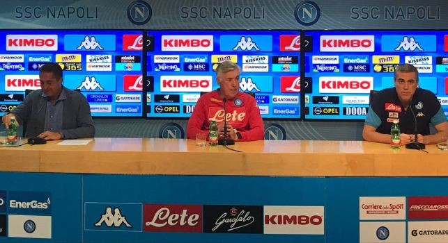 Ancelotti in conferenza: Mario Rui e Verdi out, possibile Milik dal 1'. Finale con Sarri? Piacerebbe anche a lui. Futuro roseo, così si può migliorare. Meret c'è, diciamo che si è allenato regolarmente [VIDEO]