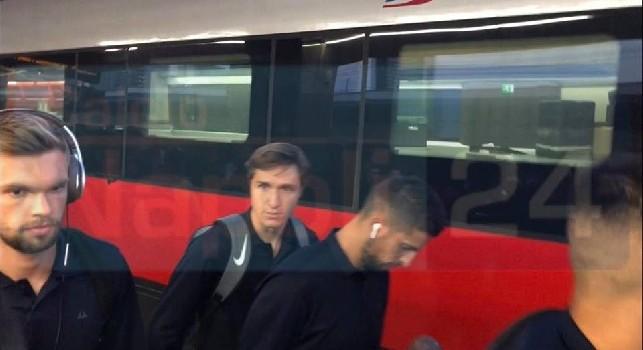La Fiorentina arriva a Napoli, delirio per Chiesa e Simeone: che accoglienza per l'ex Juve Pjaca [FOTO&VIDEO CN24]
