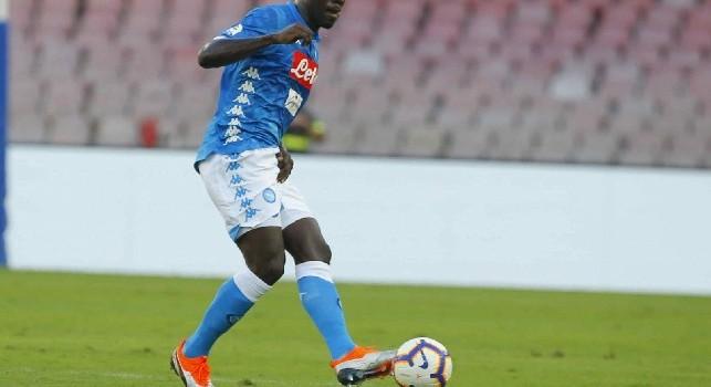 Da Torino accusano: Koulibaly duro su Simeone, niente cartellini: ha l'immunità?