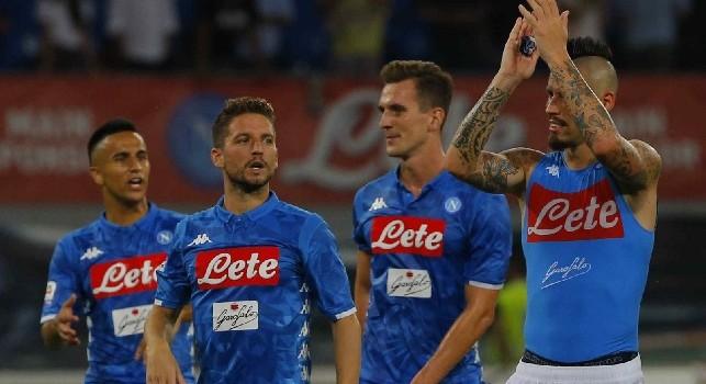 Dries Mertens e Arek Milik in Napoli - Fiorentina con Adam Ounas e Marek Hamsik