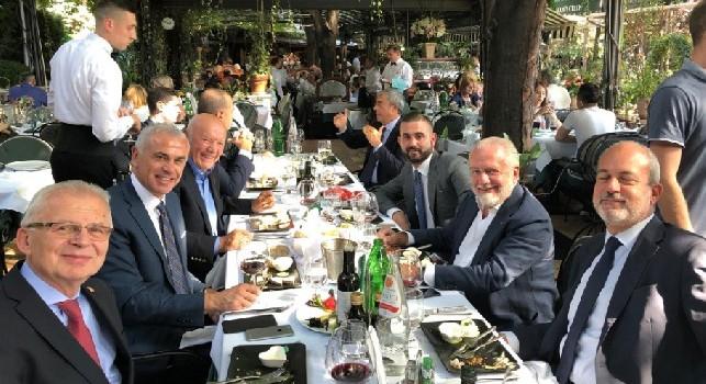 SSC Napoli su Twitter: In corso il pranzo Uefa con gli amici della Stella Rossa [FOTO]