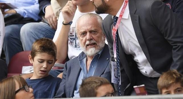 De Laurentiis su Cavani: Lo abbraccerò, fu una mia intuizione quando lo strappai al Palermo e diventò prima punta!