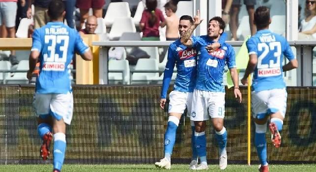Simone Verdi esulta dopo un gol