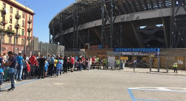 Stadio San Paolo, ingresso distinti superiore per una partita del Napoli