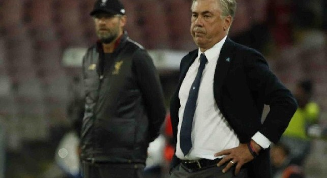 Gazzetta: Ancelotti ringiovanito da quando &egrave; a Napoli: l'affetto e il calore della gente lo <i>riscalda</i> come non mai
