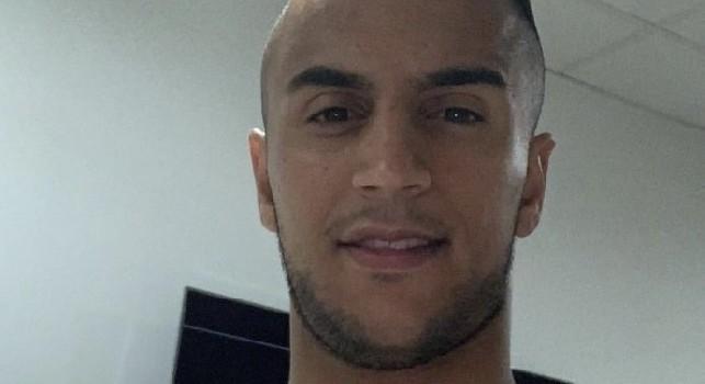 Ounas in campo 90 minuti con l'Algeria: 1-1 nei minuti di recupero, anche un ammonizione per l'attaccante del Napoli