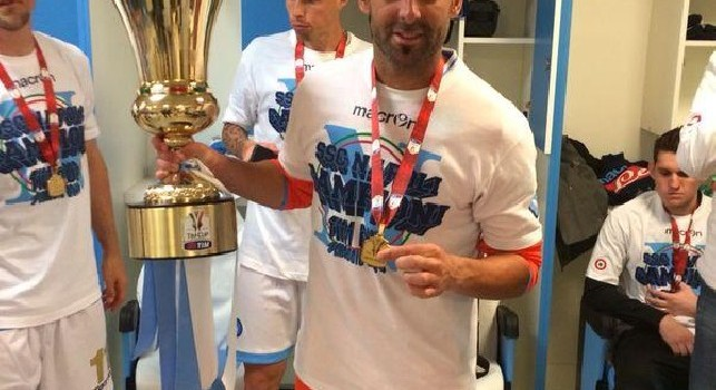 Infortunio choc per l'ex portiere azzurro Toni Doblas, ecco la sua mano dopo l'intervento [FOTO]