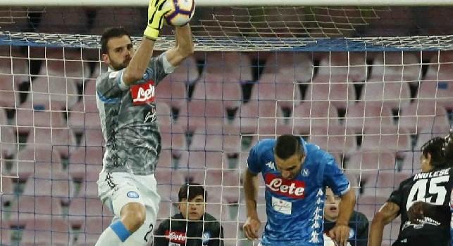 Tuttosport - Contro l'Udinese nuovo cambio in porta: Ospina rientra venerdì dalla Nazionale, chance per Karnezis dal 1'
