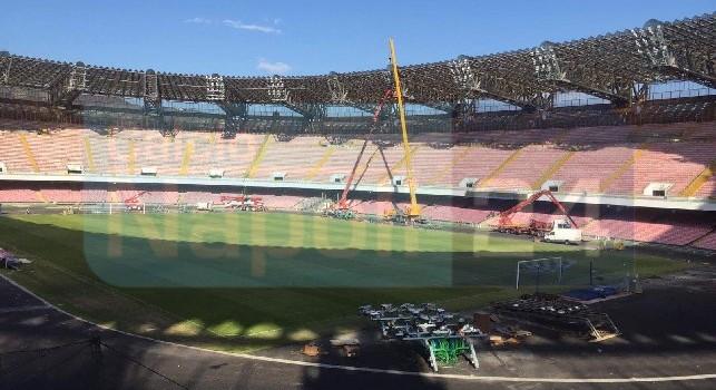 San Paolo, restyling in corso: gru all'opera per i lavori all'impianto di illuminazione [FOTOGALLERY CN24]