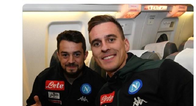Napoli in partenza alla volta di Bergamo: c'è anche un sorridente Younes, prima trasferta per lui! [FOTO]