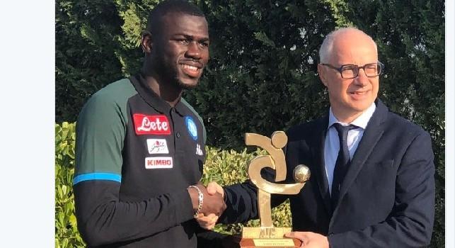 La SSC Napoli celebra Koulibaly: E' nella top 11 del Gran Galà del calcio [FOTO]