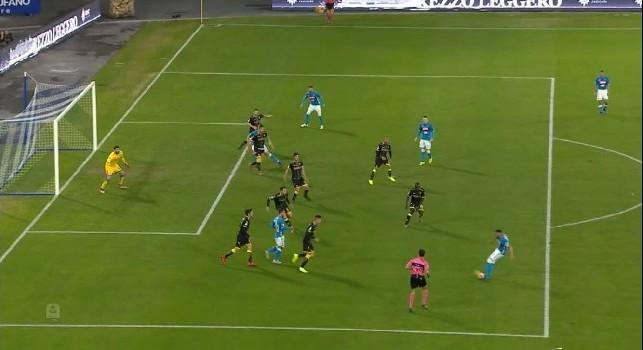 Regolare il 4-0 di Milik, il polacco è perfettamente in linea nel fermo-immagine [FOTO]