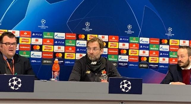Klopp in conferenza: Fiero dei miei ragazzi, mai visto un pressing così. Il Napoli può fare bene in Europa League. Parata di Alisson straordinaria [VIDEO]