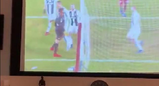 Torino-Juve 0-1, Ronaldo batte Ichazo e lo prende in giro. Balotelli: Se l'avessi fatto io [VIDEO]