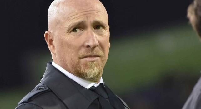 Cagliari, Maran recrimina: Da capire se c'è fallo sulla punizione di Milik! Giocatori arrabbiati per il risultato. Recupero? Dopo il gol s'è giocato solo due minuti! [VIDEO]