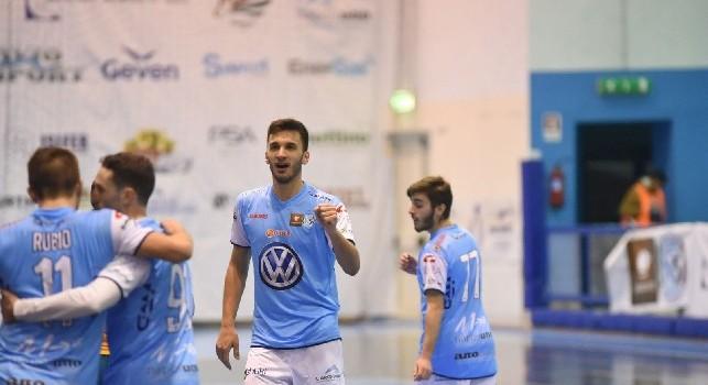 Calcio a 5 - Valanga di gol per la Lollo Caffè Napoli, 7-4 all'Arzignano e secondo posto in classifica