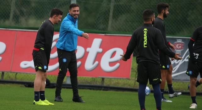 SSC Napoli, gli azzurri già in campo a Castel Volturno: si prepara la sfida di Coppa con il Sassuolo [VIDEO]