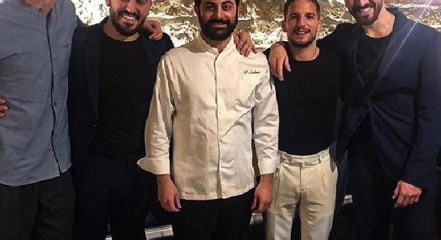 Mertens e Fabian inseparabili: i due beccati a cena in un famoso ristorante di Napoli [FOTO]