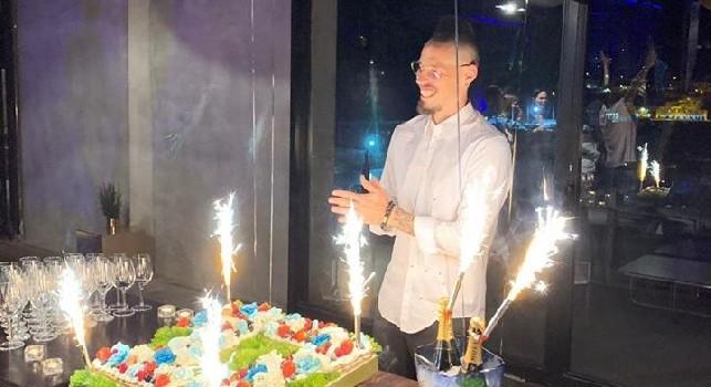 Da Oi vita mia a Un giorno all'improvviso con tanto di fuochi d'artificio: tutte le immagini della festa di addio di Hamsik [VIDEO]