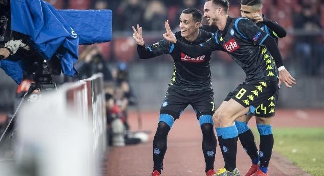 I giocatori del Napoli esultano dopo un gol