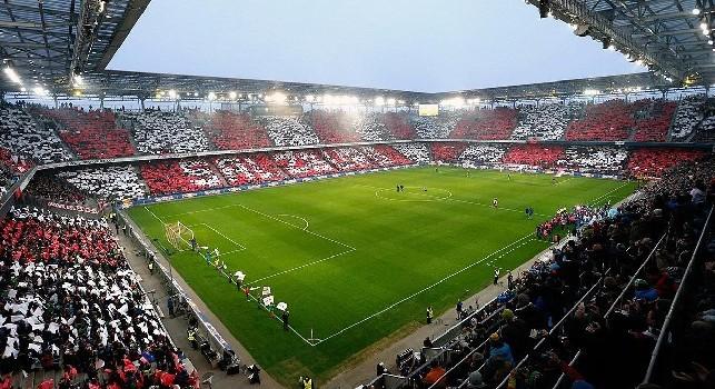 Napoli a Salisburgo, stadio esaurito e speciale coreografia al calcio d'inizio