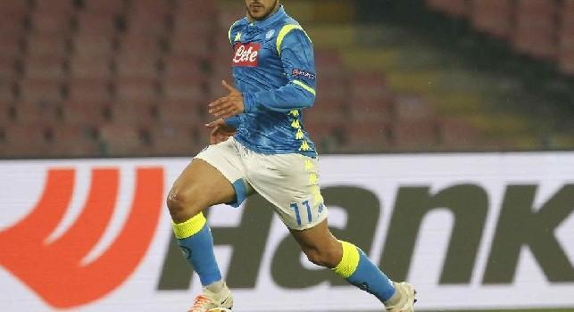 Allah Akbar Adam Ounas. Tifosi algerini pazzi del calciatore del Napoli: ovazione ad ogni giocata contro il Gambia