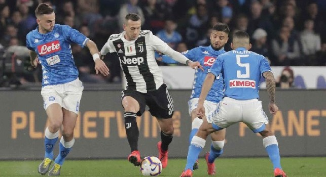Laudisa: Bernardeschi vuole restare a Torino, questo rende impossibile l'affare Milik-Juventus