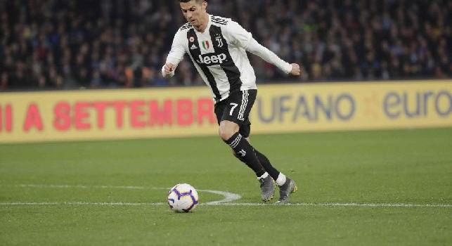 CorSera - Cristiano Ronaldo si riposa e i tifosi del Genoa protestano: c'è chi inviperito chiede il rimborso del biglietto