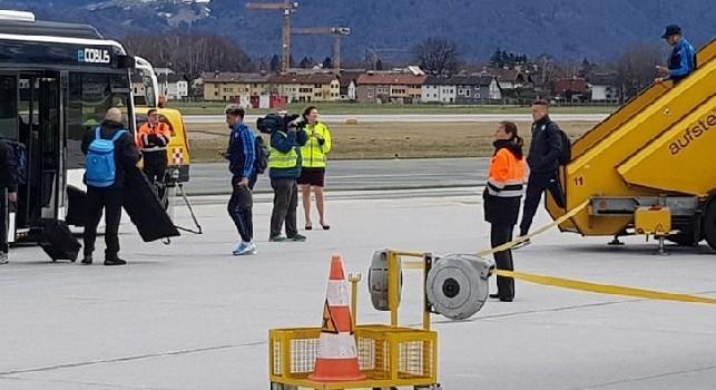Il Napoli è atterrato in questi minuti a Salisburgo [FOTO]
