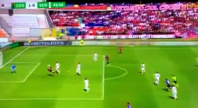 Immenso Tutino, gol pazzesco in rovesciata con il Cosenza su assist di Palmiero [VIDEO]