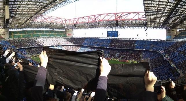 Inter-Chievo, cori anti Napoli a San Siro: speaker costretto ad intervenire