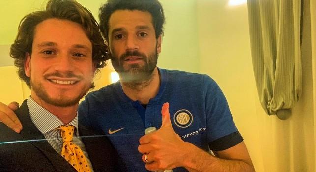 Candreva a Napoli con l'Inter, una storica sartoria napoletana gli fa una splendida sorpresa [FOTO CN24]