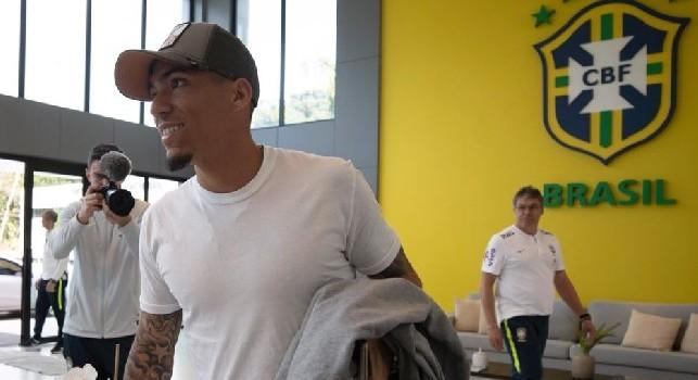Allan raggiunge il ritiro del Brasile per la Copa America: sorridente e felice [FOTO]