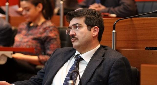 Comune, Simeone: Il Napoli ha un debito di 3,5 milioni. Deve saldarlo in tempo altrimenti commetteremmo un reato