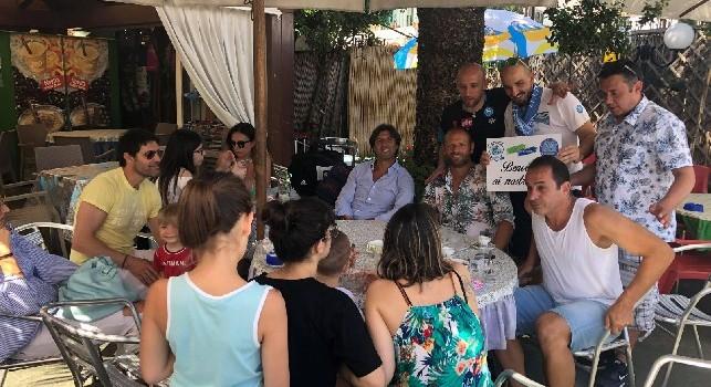 Ischia si tinge d'azzurro, arrivati i primi ospiti sull'isola: si tratta di Rastelli e Fontana [FOTO]