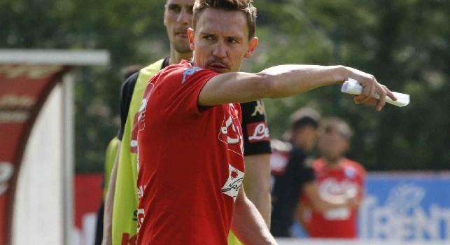 Simone Bonomi: Non dimenticherò mai la notte di Torino. Sarri alla Juve? Capisco i tifosi del Napoli, ma il calcio è questo [ESCLUSIVA]