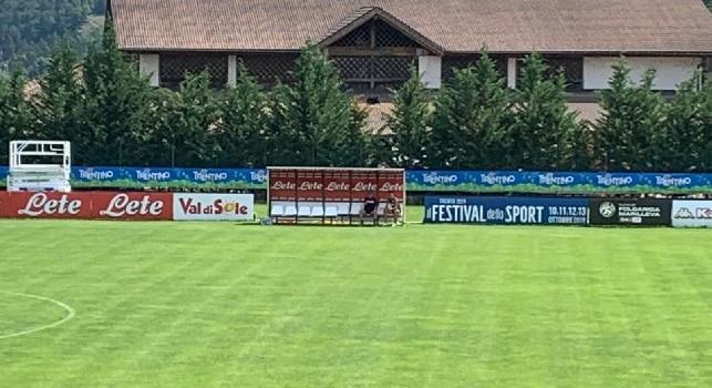 Dimaro 2019, Ancelotti a colloquio con Maksimovic a fine allenamento [FOTO CN24]