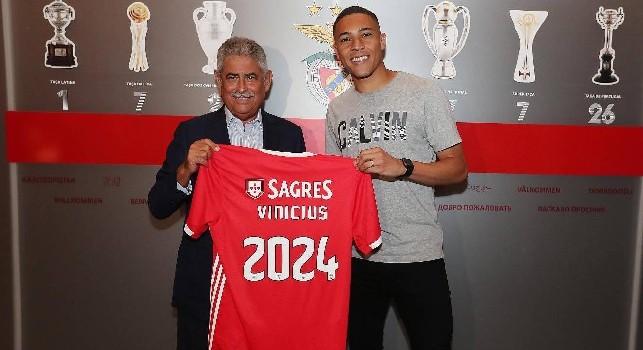 UFFICIALE - Vinicius al Benfica, lo conferma anche la SSC Napoli: Cessione a titolo definitivo