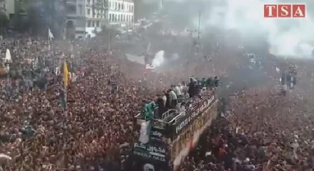 L'Algeria vince la Coppa d'Africa, una autentica marea accoglie Ounas e compagni in patria! [VIDEO]