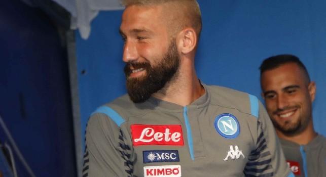 Sky - Trattativa Fiorentina-Napoli per Tonelli: la Viola cerca un difensore esperto